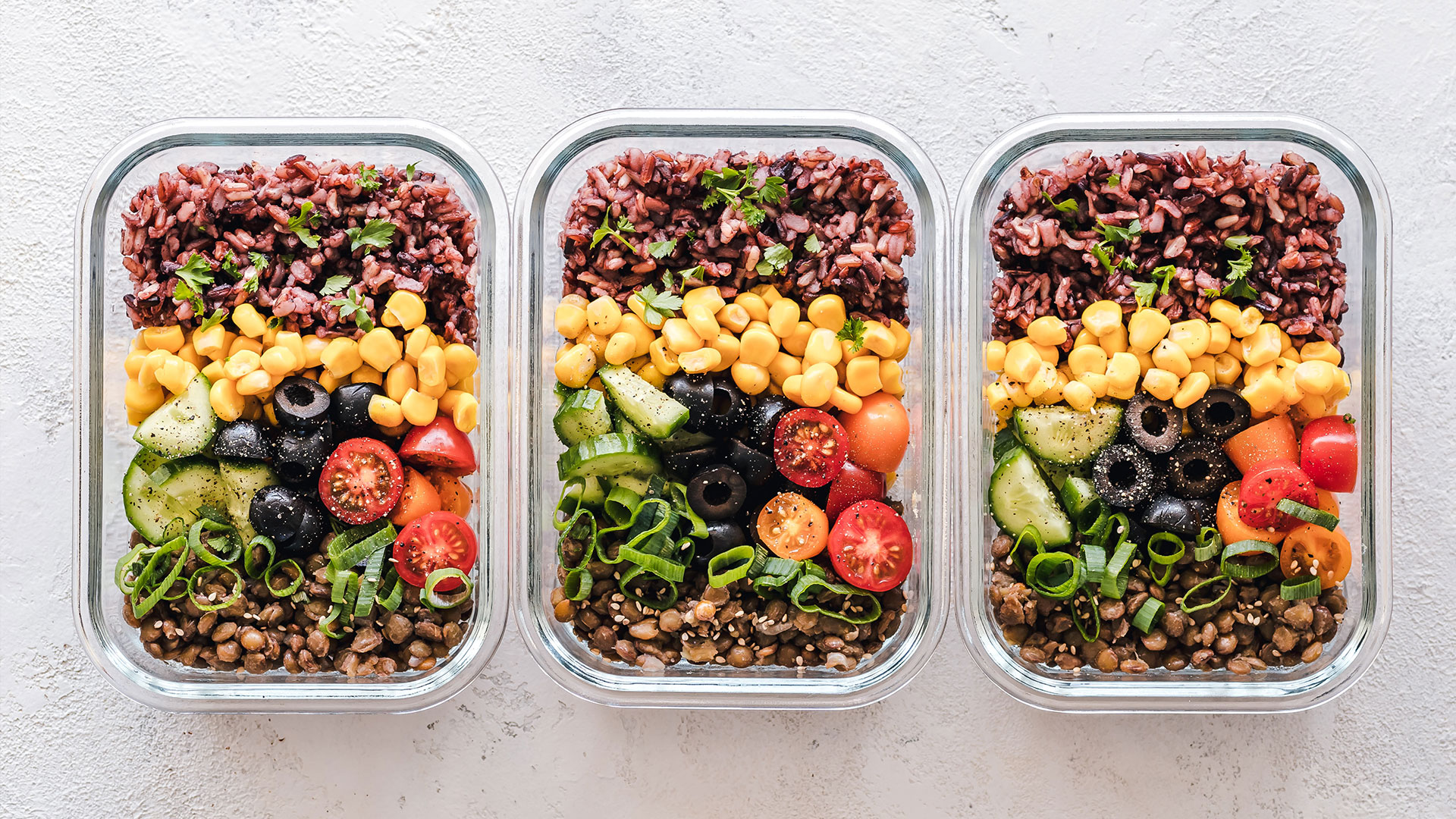 Eating healthy food to promote health hair and prevent hair loss